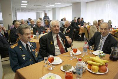 Вечер для ветеранов войны и тружеников тыла в честь 60-летия Победы